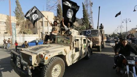 شکست پیشمرگه های کُرد / داعش 2 شهر دیگر عراق را گرفت