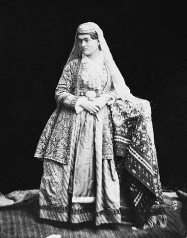 زنان عصر قاجار (عکس)