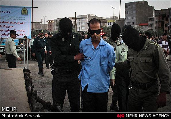 اجرای حکم اعدام متجاوز به عنف - کرج (عکس)