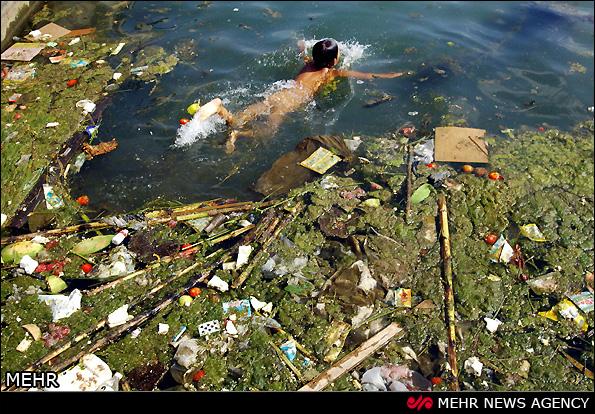 آلودگی آبهای سطحی در چین (عکس)