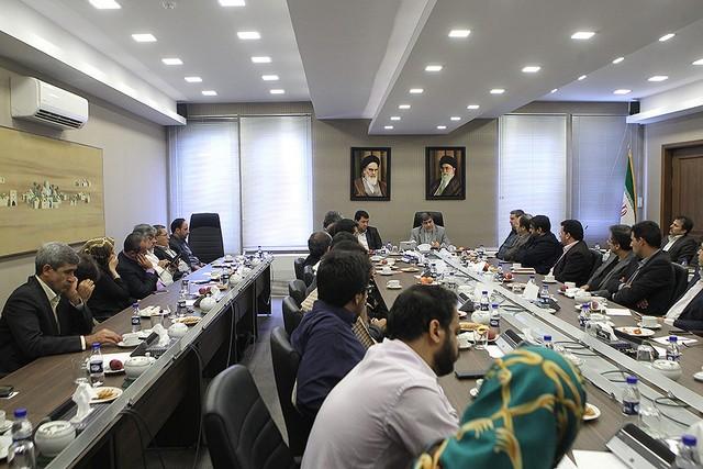 دیدار اصحاب رسانه با وزیر ارشاد (عکس)