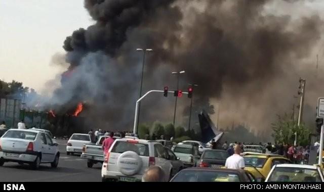 48 کشته و 3 زخمی در سقوط هواپیمای مسافربری در غرب تهران (+عکس)
