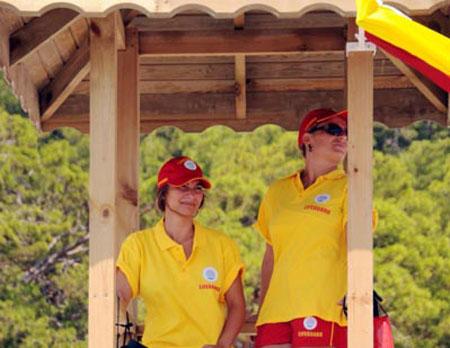 آغاز اجرای طرح تفکیک جنسیتی در ترکیه؛ بازگشایی او.لین پلاژ ساحلی زنان در آنتالیا (+عکس)