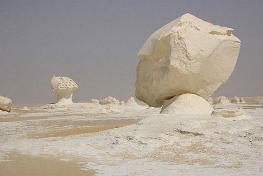 صحرای سفید دیده اید؟ (+عکس)