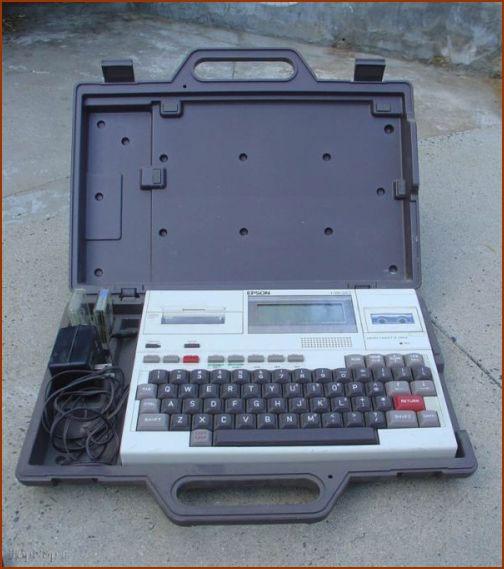 اولین لپ تاپ تاریخ (+عکس)