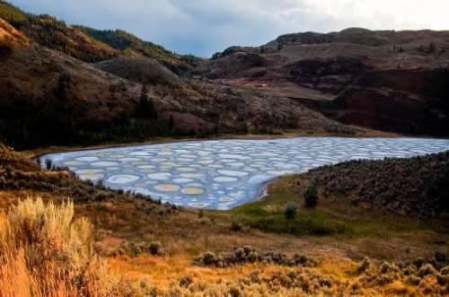 دریاچه خالدار – کانادا + عکس