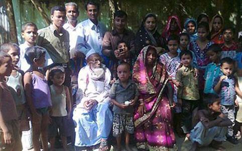 جشن ازدواج پیرترین داماد جهان (+عکس)