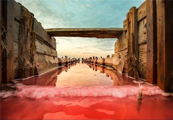 نمکهای قرمز (+عکس)