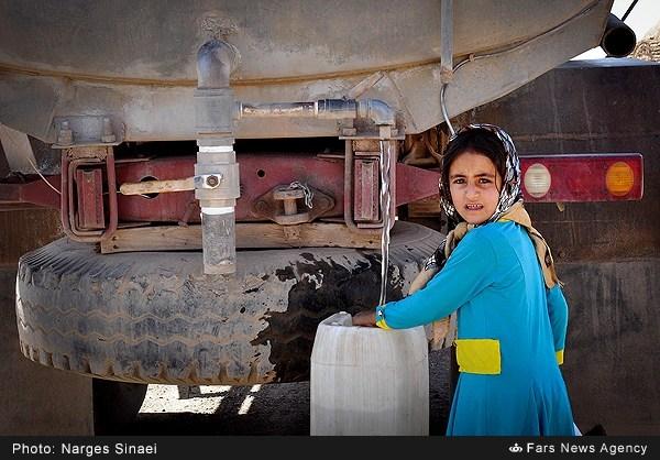 آبرسانی به روستاهای محروم خراسان (عکس)