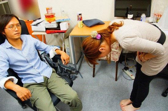 شرکت «عذر خواهی» در ژاپن! (+عکس)