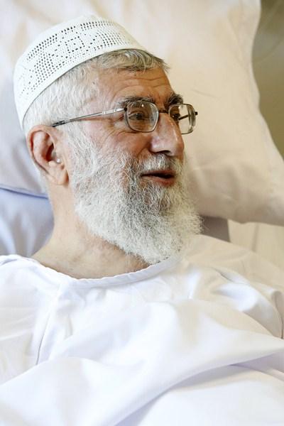تصاویر صبح سه شنبه رهبر انقلاب در بیمارستان