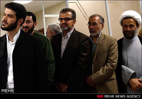عیادت اهالی هنر و ورزش از رهبری (عکس)