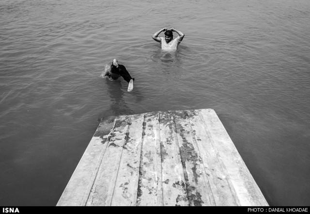 آبتنی در کارون (عکس)