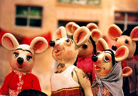 سوپراستارهای عروسکی سینمای دهه 60 (+عکس)