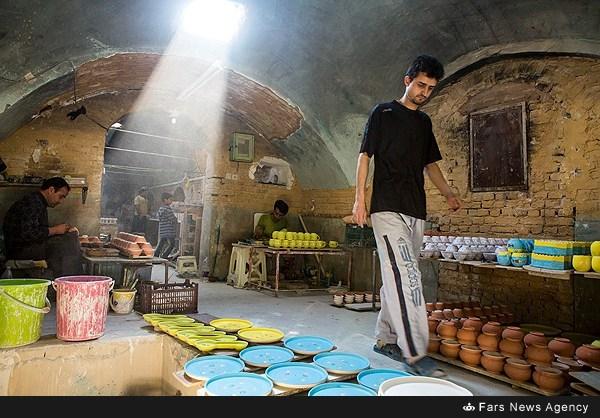 کارگاه ظروف چینی سنتی - میبد یزد (عکس)