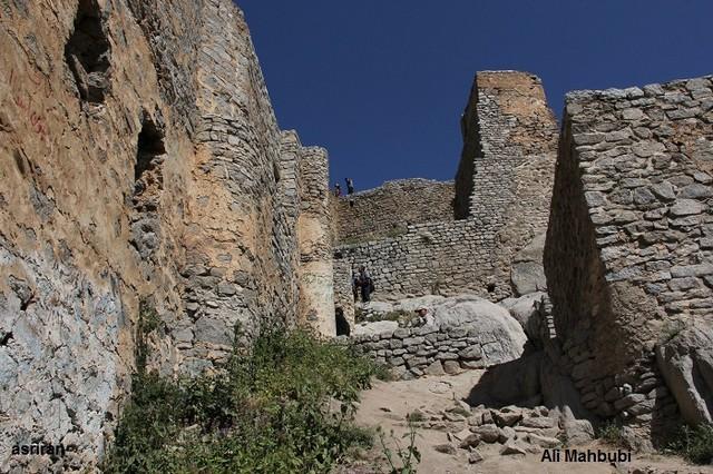 گزارش تصویری از منطقه خوش آب و هوا, بکر و زیبای کلیبر در آذربایجان غربی و قلعه بابک خرمدین (قلعه جمهور) (محبوبی)