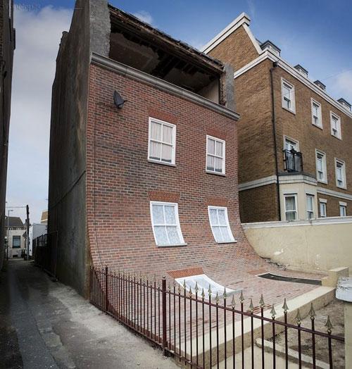 Design House Uk Wetherby: ولو شدن نمای ساختمان روی زمین! (عکس