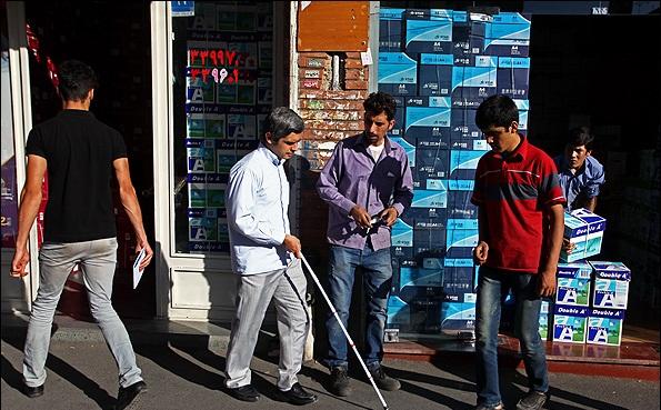 10 نکته درباره نابینایان و عصای سفید