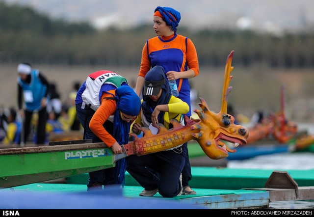 مسابقات قایقرانی بانوان (عکس)