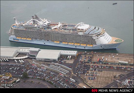 بزرگترین کشتی تفریحی جهان (عکس)