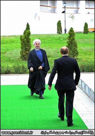 استقبال پوتین از روحانی (عکس)