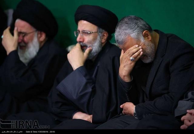 عزاداری امام حسین با حضور رهبری (عکس)