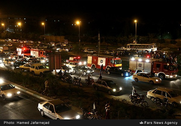 آتش گرفتن خودرو  - تهران (عکس)