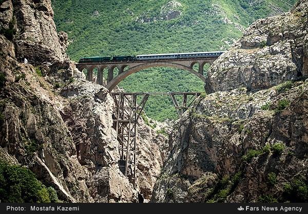 مسیر راه آهن شمال کشور (عکس)