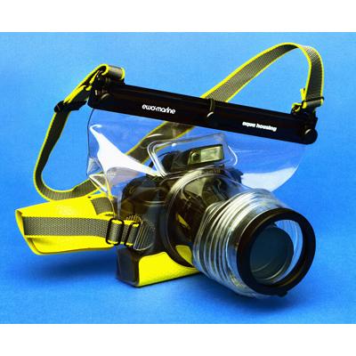 استفاده از آکواریوم برای عکاسی در زیر آب
