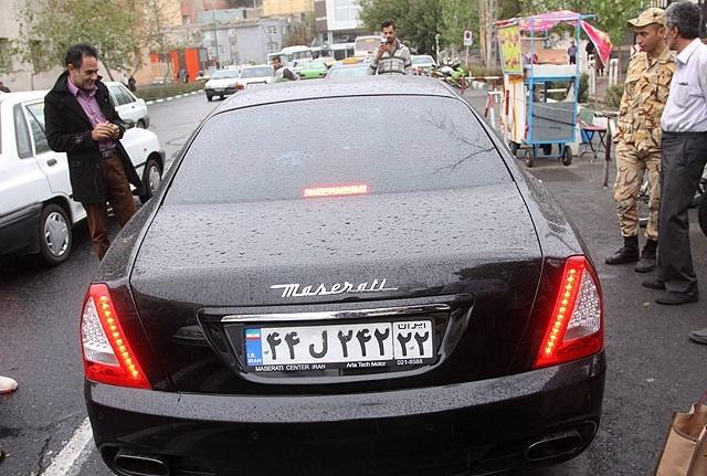 پلاک این مازراتی رندتر است یا ماشین دایی؟ (عکس)