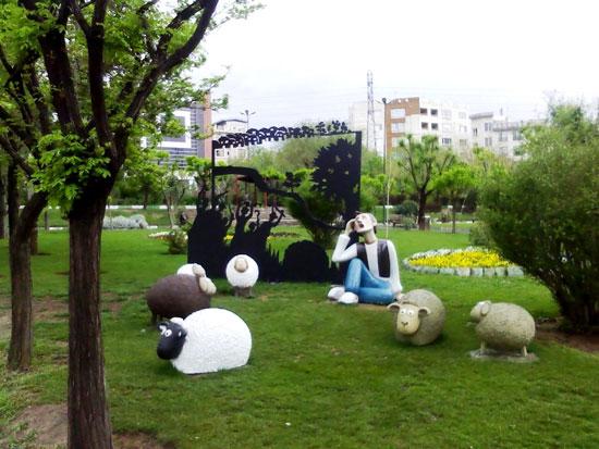 مجسمه چوپان دروغگو در تهران! (عکس)