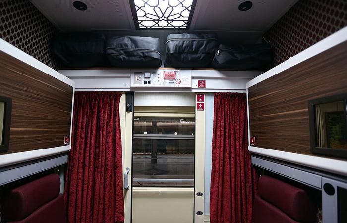 قطار سروش قطار 5 ستاره تهران - مشهد (+عکس)