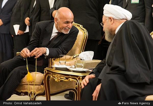 تسبیح رئیس جمهور افغانستان (عکس)