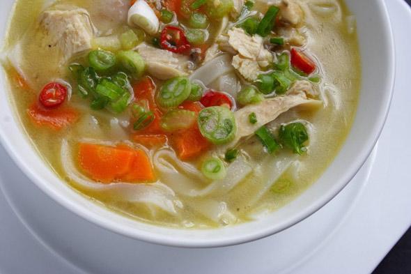 اثرات شگفتانگیز سوپ مرغ