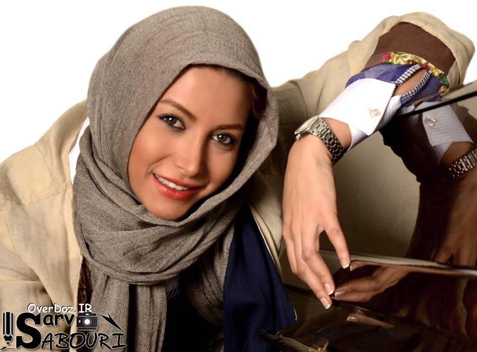 گریه و اعتراض بازیگر زن به شرکت هواپیمایی