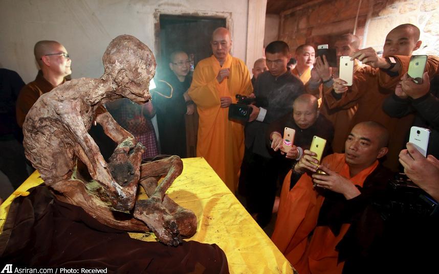 مومیایی یک راهب چینی (عکس)