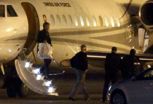 هواپیمای ویژه سوئیس برای انتقال زندانیان ایرانی - آمریکایی از ایران