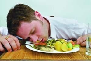 وقت غذا خوردن چه تاثیری بر سلامتی دارد؟