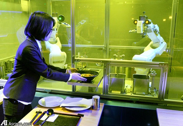 سرو سوپ رشته در 90 ثانیه توسط رباتهای آشپز