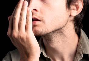 بیماری هایی که باعث بوی بد دهان می شوند