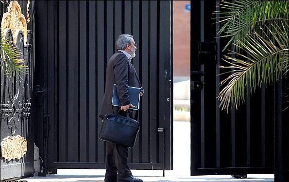 آیا وزیر کشور میتواند ظریف باشد؟