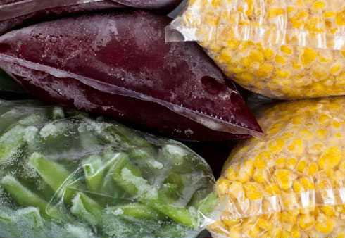 این ۱۰ ماده غذایی را در فریزر نگهداری نکنید
