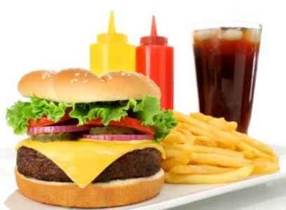 افزایش چاقی شکمی با مصرف نوشابه