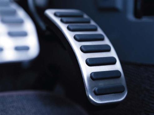 پدال گاز هوشمند خودرو ساخته شد