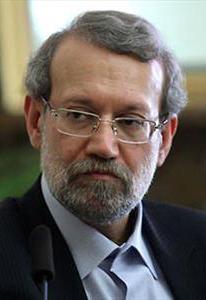 لاریجانی: سیاستمداران نباید کار اقتصادی انجام دهند/ فرزندانم در هیچ فعالیت غیردانشگاهی حضورندارند
