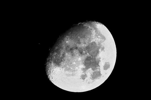برترین تصاویر فضایی ماه منتشر شد