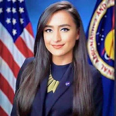 دختر افغانستانی به فضا میرود (+عکس)