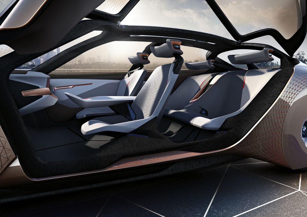 خودرو مفهومی به مناسبت ۱۰۰ سالگی بیامو