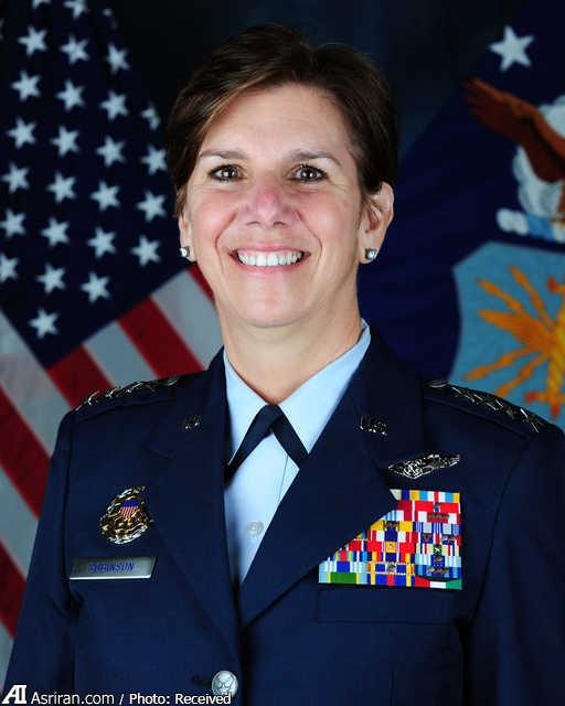 یک زن به فرماندهی عملیات پنتاگون می رسد (+عکس)