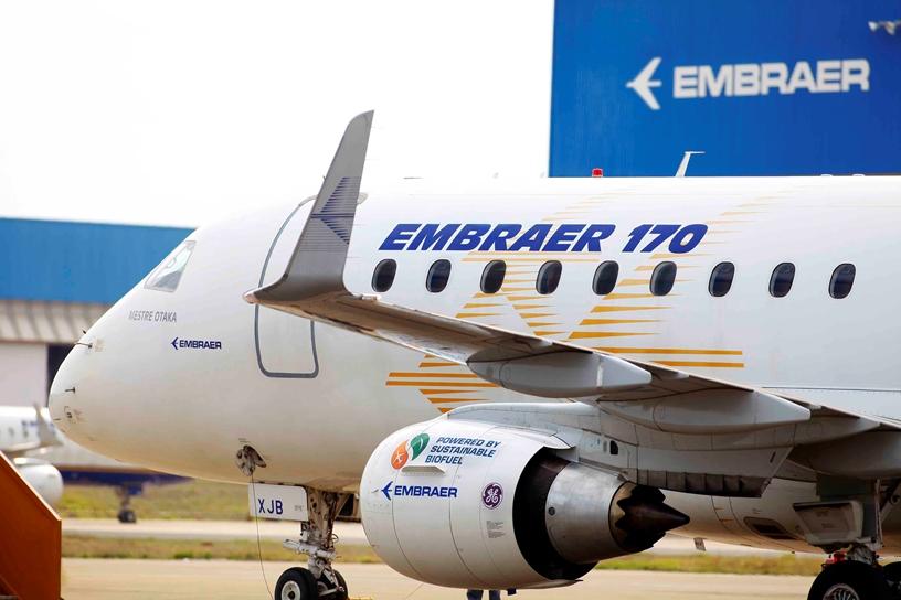 رویترز: ایران در حال مذاکره برای خرید هواپیما، تاکسی، اتوبوس و کامیون از برزیل است